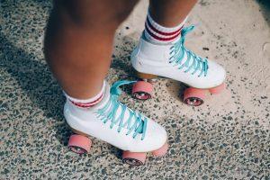 Rollerskating! Grades 1 and 4 @ Lynnwood Bowl and Skate